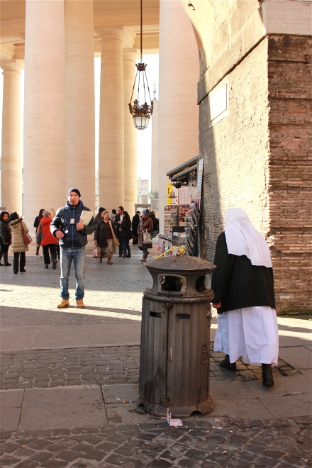 This is the first time I saw a nun on our way to the Vatican square. I don't know  why, but it made me excited!