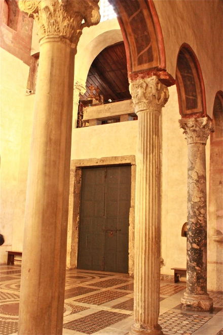 It seems that within every building in Rome you will find beautiful columns, one of those is marble I believe.